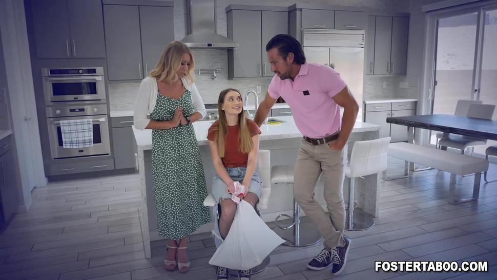 Seras new foster love fucking her teen pussy