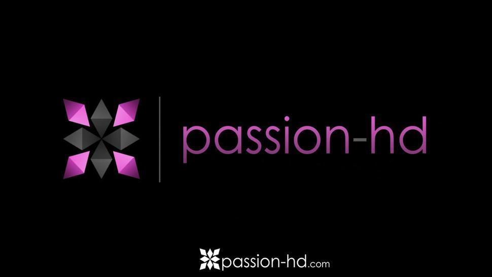 PASSION-HD Multiple Threesome Dick Sucking Teens Taste Spunk