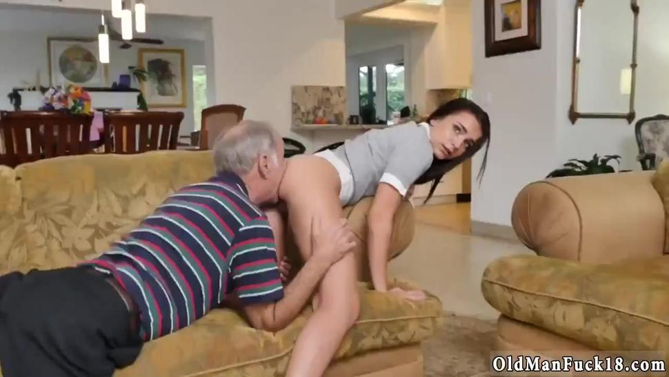 Japan Old Man Screw And Sex With Young Girl Riding The Old Wood! - Michelle Martinez