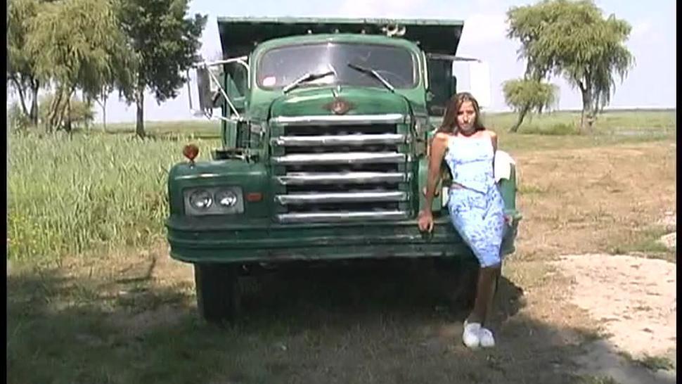 Lori with vibrator