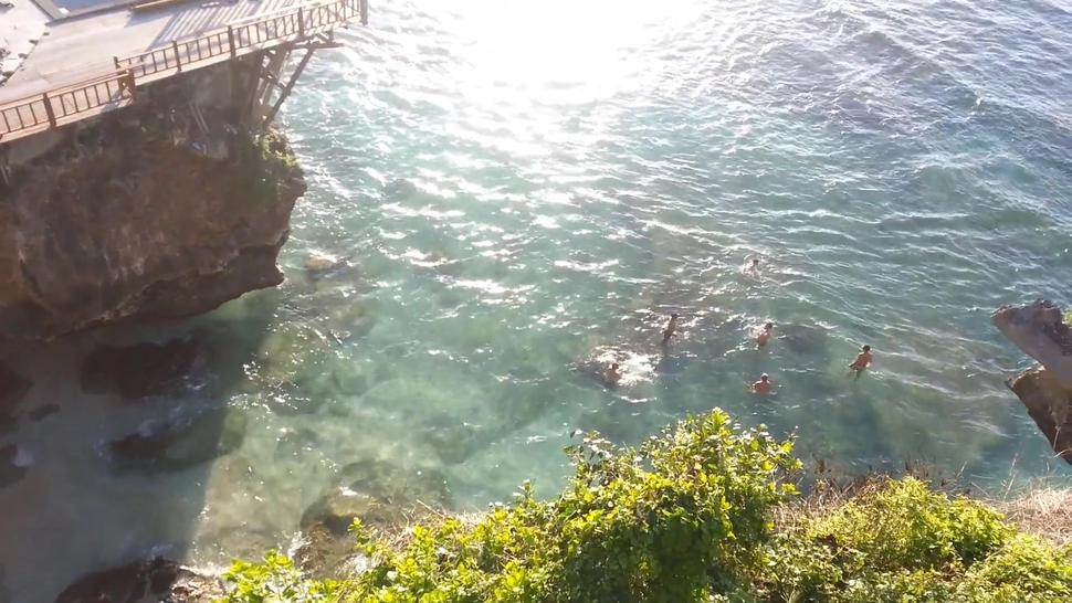 Underwater SEX on Public Rocky Beach # Facial and CUM SWALLOW