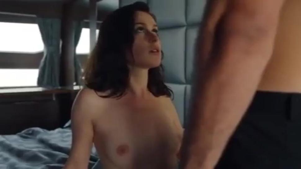 365 jours Movie sex scene