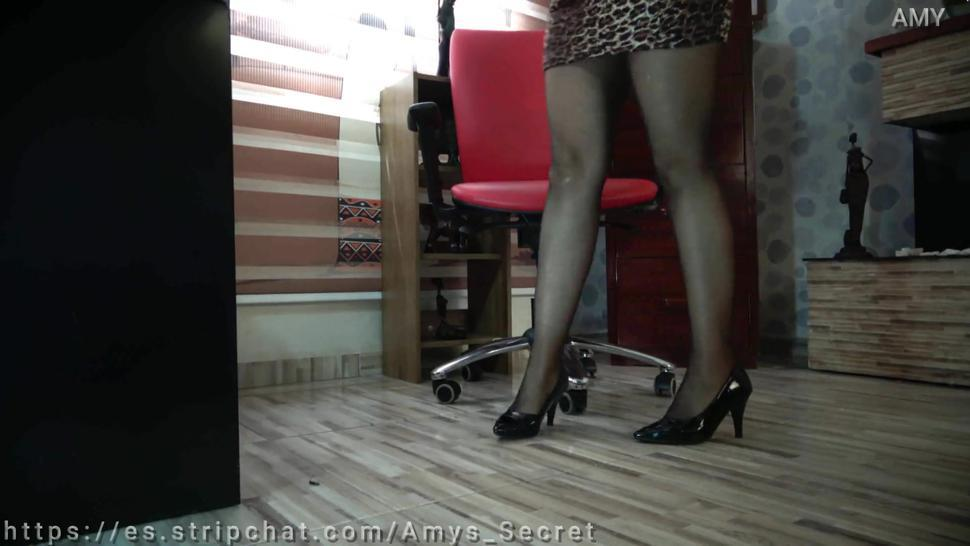 SEXY LEGS IN GLOSSY BLACK PANTYHOSE and heels under the desk spiked my friend while she works