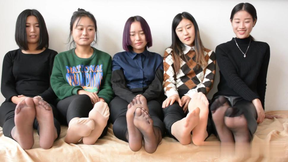 The Great Wall............. Of FEET!