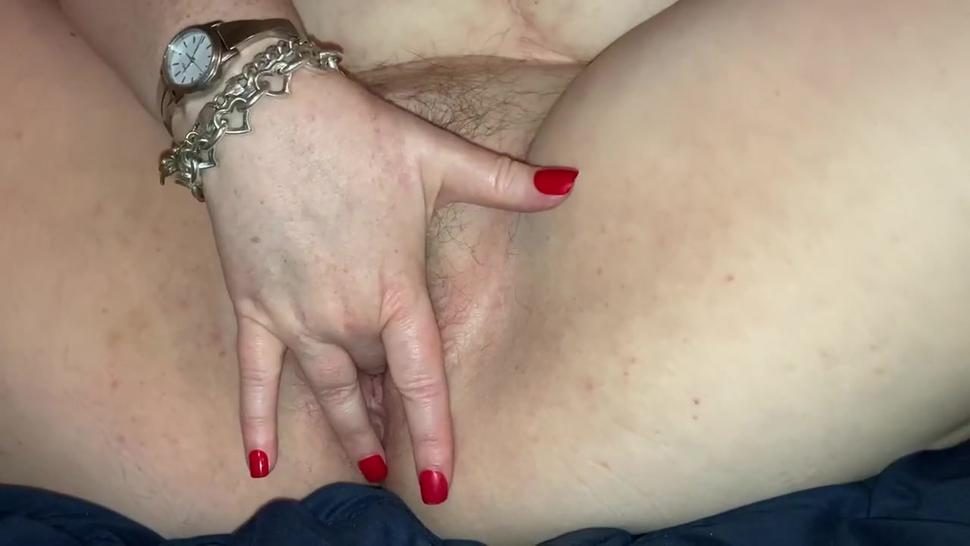 BBW Fingers Herself Into Multiple Orgasms