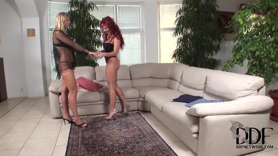 Vulgar Bitches Ashley And Carol - Ashley Robbins