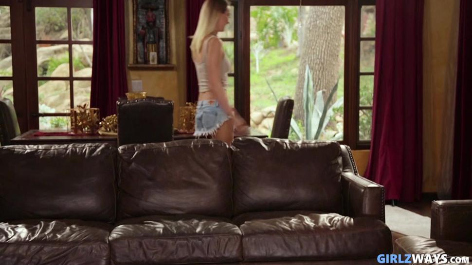 Zoey Monroe Luna Star Lena Paul Natalia Starr In Squirt Bukkake.mp4