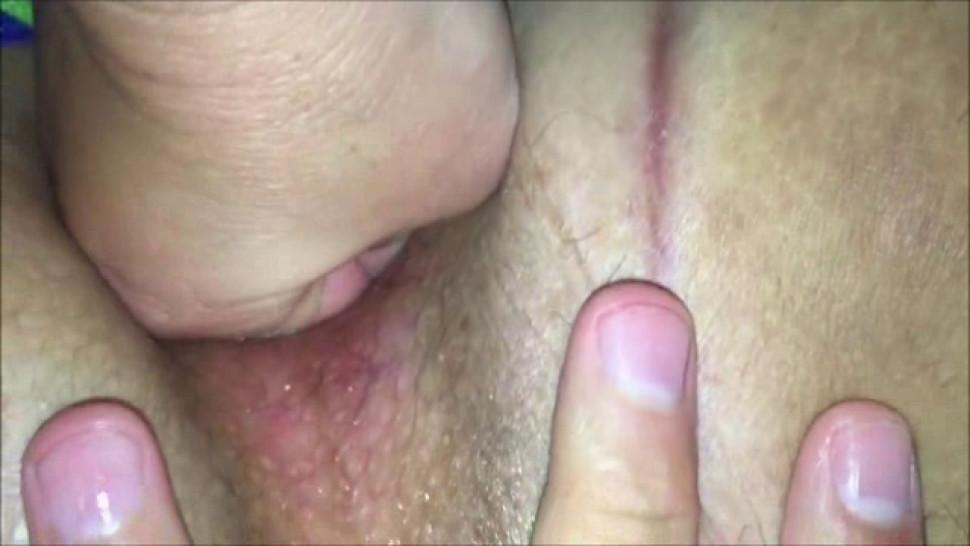 Fisting a shaved vagina - closeup