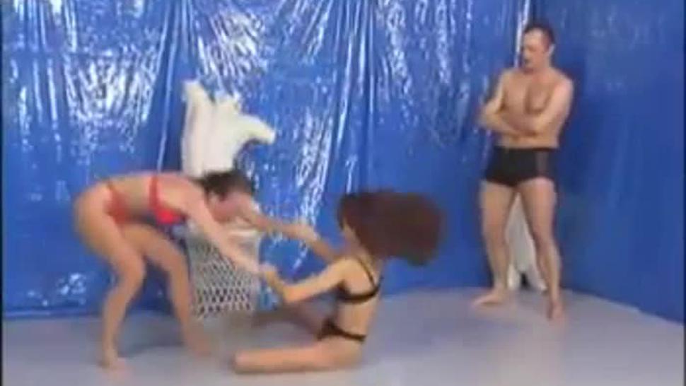 Lesbian German Oil Wrestling with Dildo