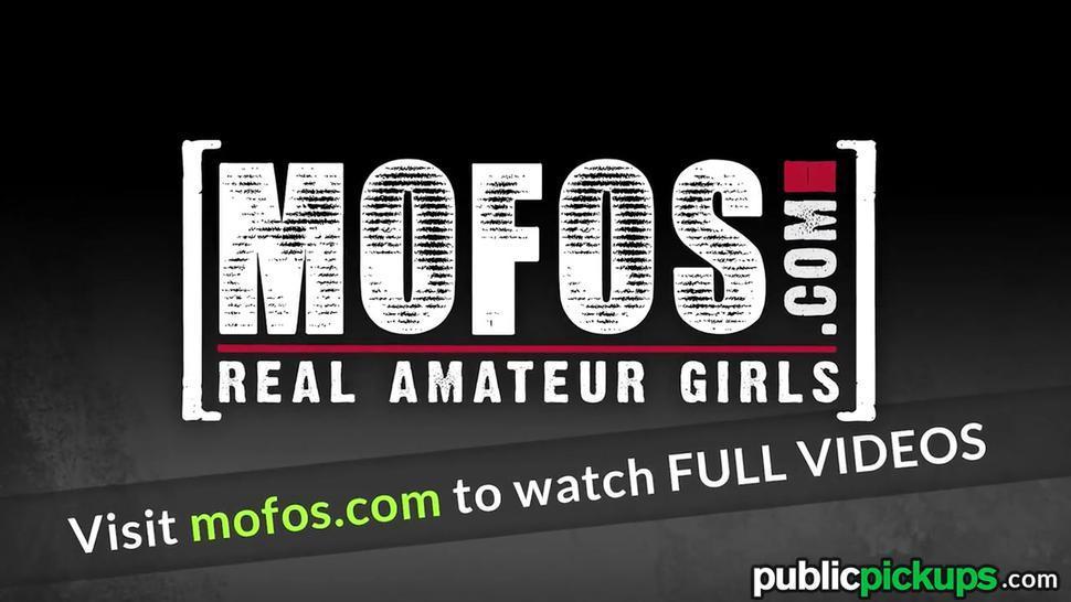 Mofos - Hot Teen Gives Good Head