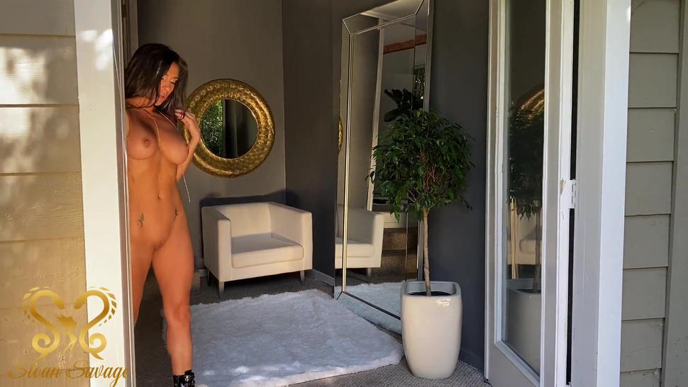 Naked erotic play with the most perfect porno pussy