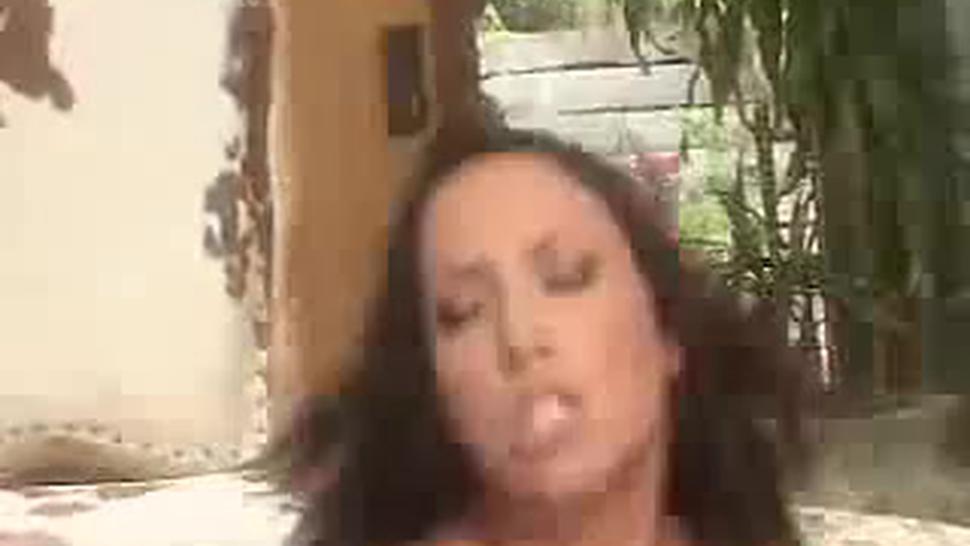 Bad Girl Kendra Needs Her Pussy Punished-5 - Juliana Grandi
