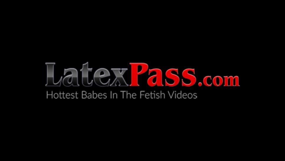LATEX PUSSY CATS - Latex dominatrix dildo fucking inked sub babe