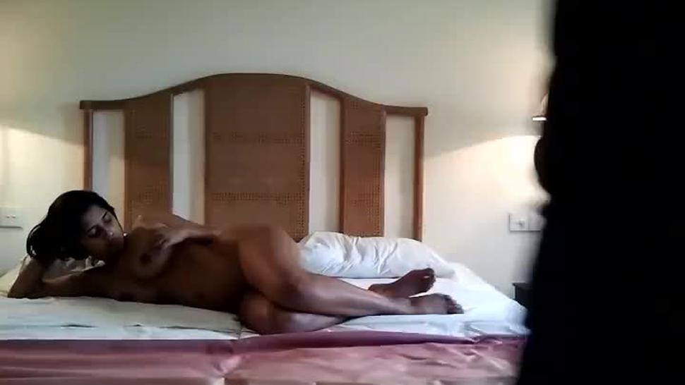 sri lankan actress menik wijewardhane nude leaked video