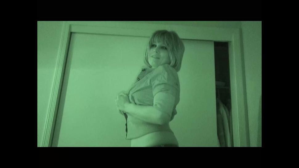 Blonde slut posing naked teasing with nice boobs