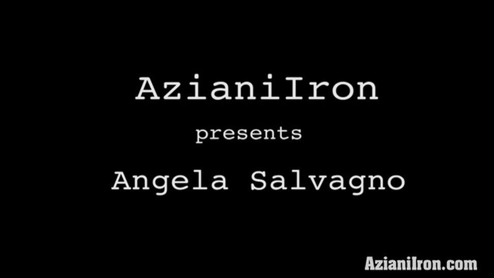 Angela Salvagno Spreads Her Big Pussy Lips And Grinds Her Extra Large Clit On The Sybian Sex Machine