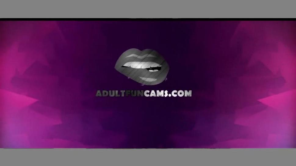 Amazing Orgasm Masturbating Fun Babe with Dildo Machine at Cam