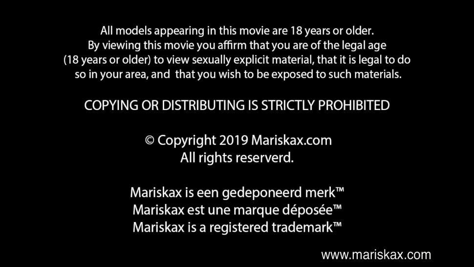 MARISKAX - Dorian fucking the room maid Luna Rival