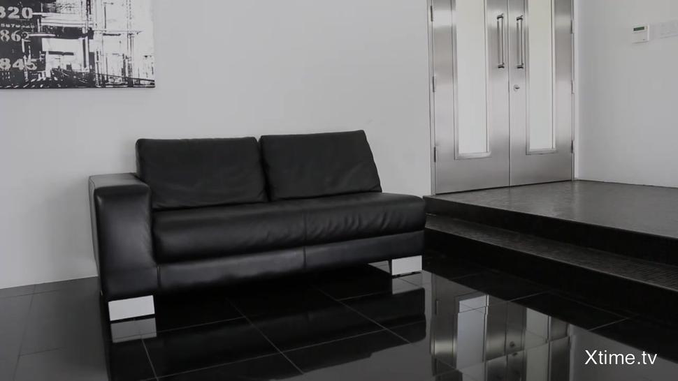 Hardcore Sex On Black Leather Sofa - Emma Stoned
