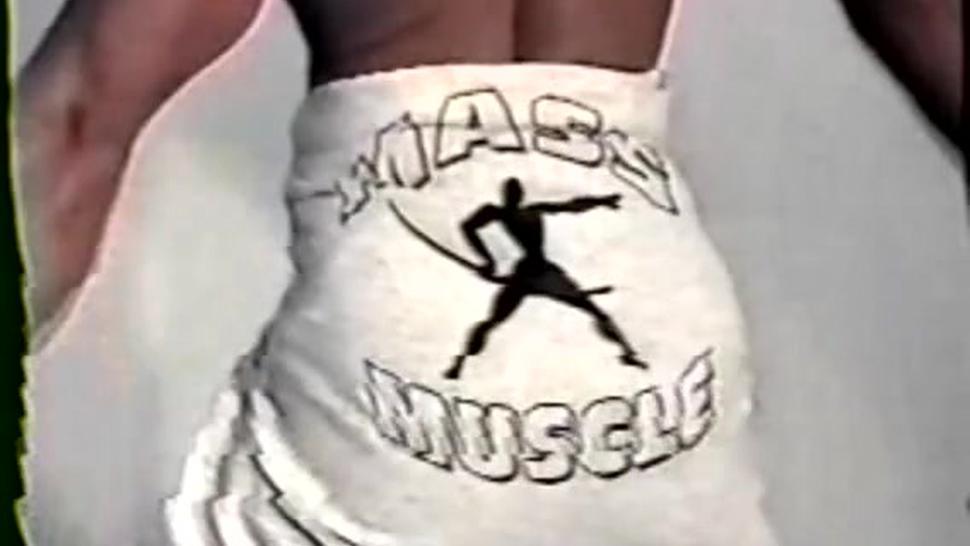 tall girl mixed wrestling lift