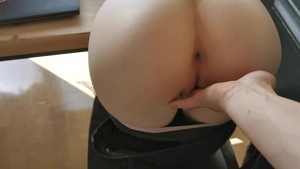 amateur creampie - skinny girl gets fucked hardcore on chair