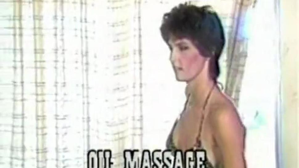 Blondi Bee - Oil Massage