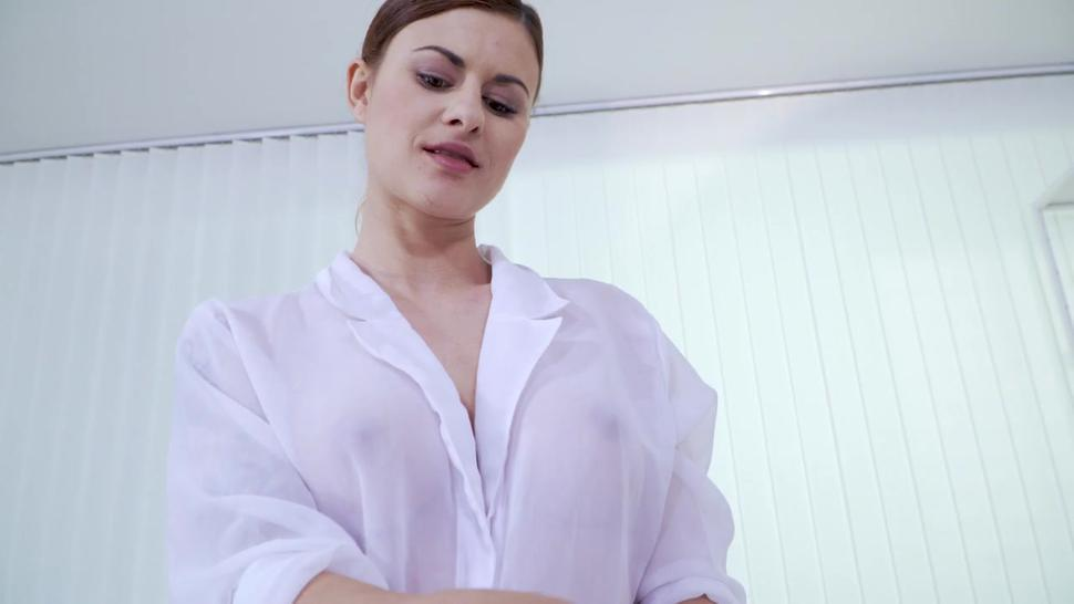 Sex With Oiled Girl - Billie Star