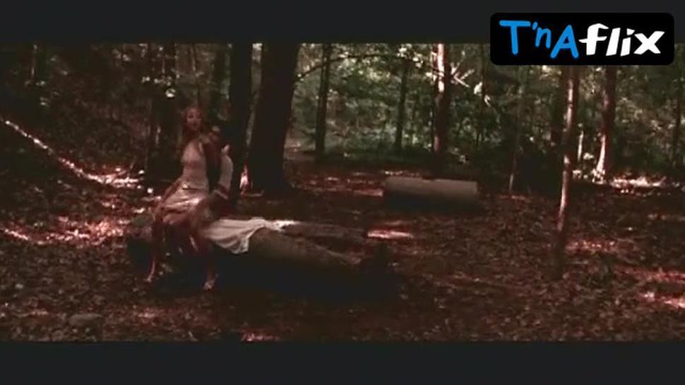 Sarah Michelle Gellar Sexy Scene  in Harvard Man