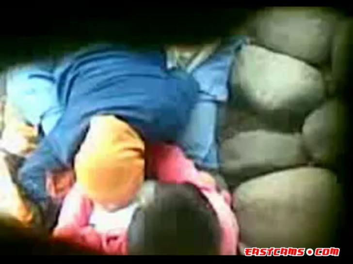 indonesia- ngintip jilbab hijab ngentot - video 1
