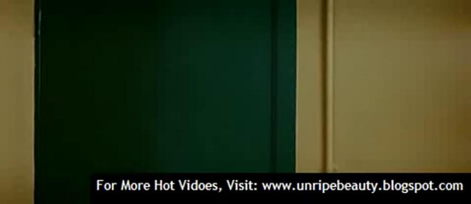 Penelope Cruz in Broken Embraces - video 1