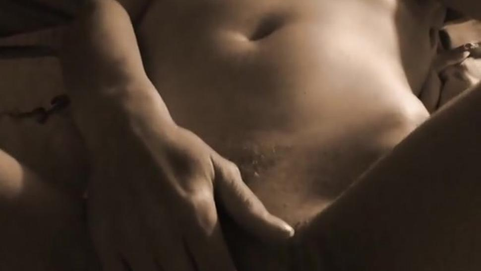 I love to play with my hot orgasm body in front of the camera. A little squirt at the end as a gift
