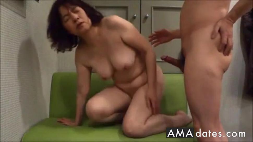 Amateur Mature Asian Milf Doggy Style