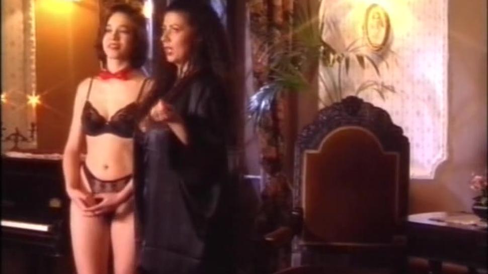 german busty Tiziana Redford aka Gina Colany