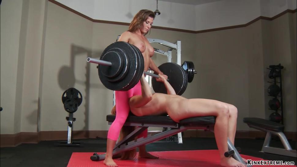 MILF anal fists redhead in the gym