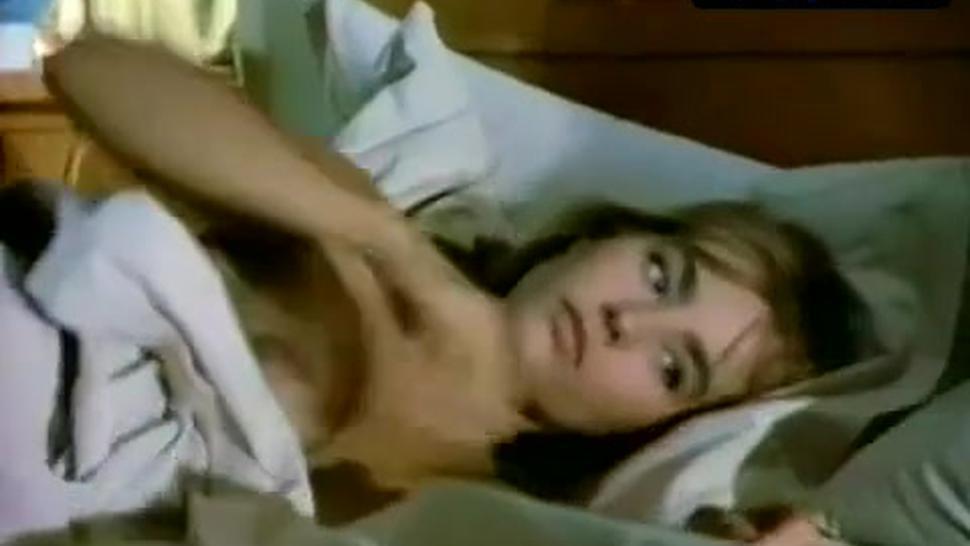 Sophie Duez Nude Scene  in Una Spina Nel Cuore