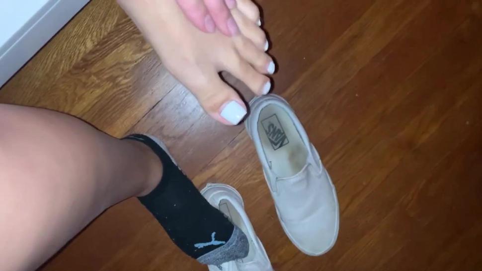 Goddess Ashleigh Feet after work