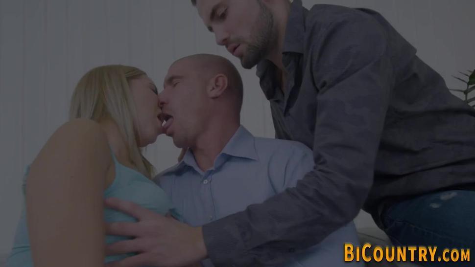 Bi man gets blowjob from girl