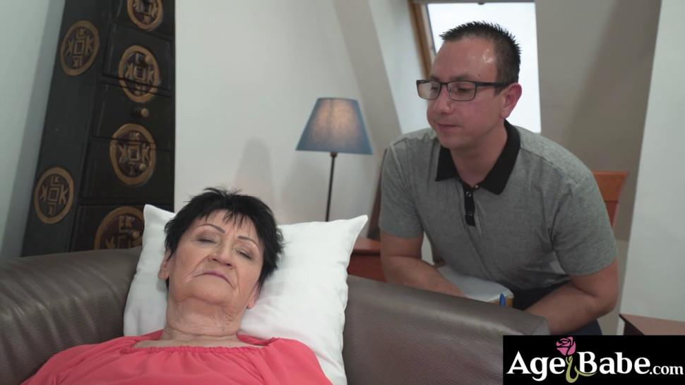 Anastacia is a horny granny who plays her vintage cunt