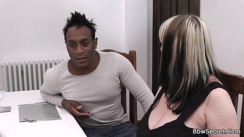 BBW SECRET - Black dude cheating on girlfriend with bbw