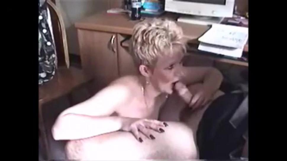 Short hair grandma blwojob handjob and cum in mouth
