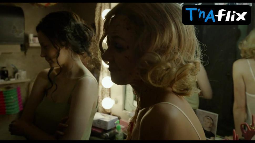 Naomi Watts Lesbian Scene  in Birdman