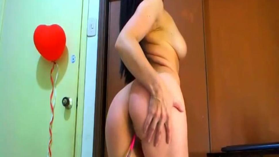 PSYCHOWEBCAMS - Brunette Babe Undresses And Exposes Sexiness