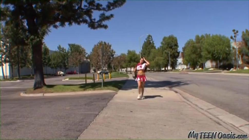 cheerleader pays for her ride home
