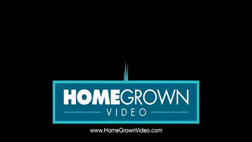 HOMEGROWNVIDEO - Hot blonde cant wait to have her pussy penetrated