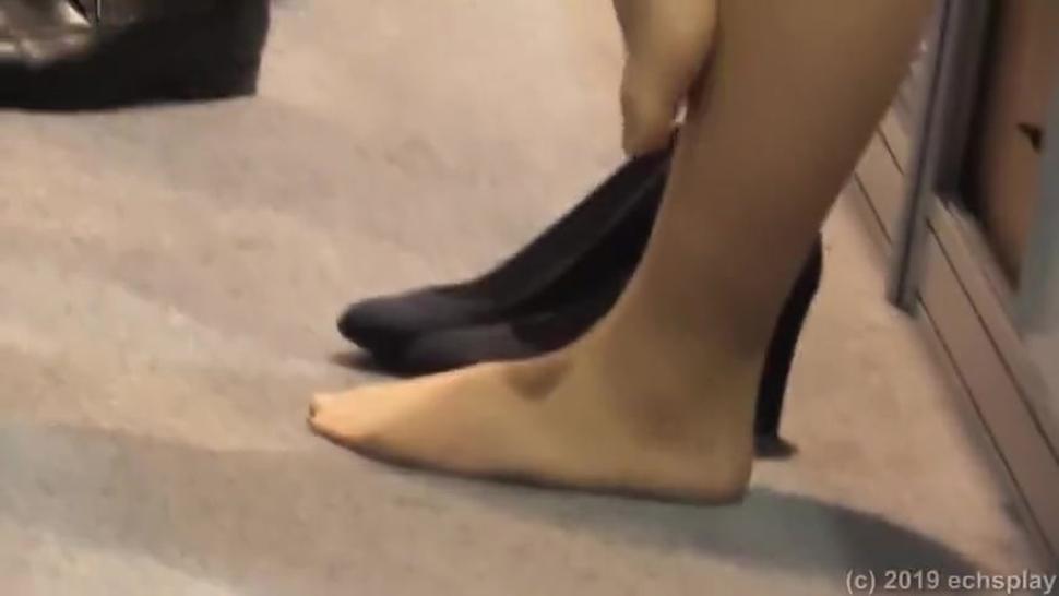 candid nylon feet toeclamp in fair