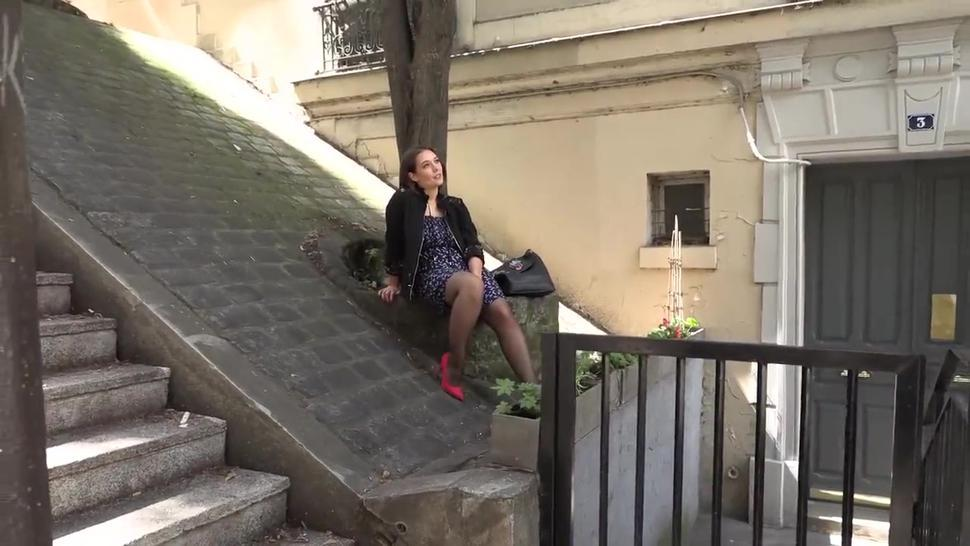 French lovely takes part in the amateur porn video