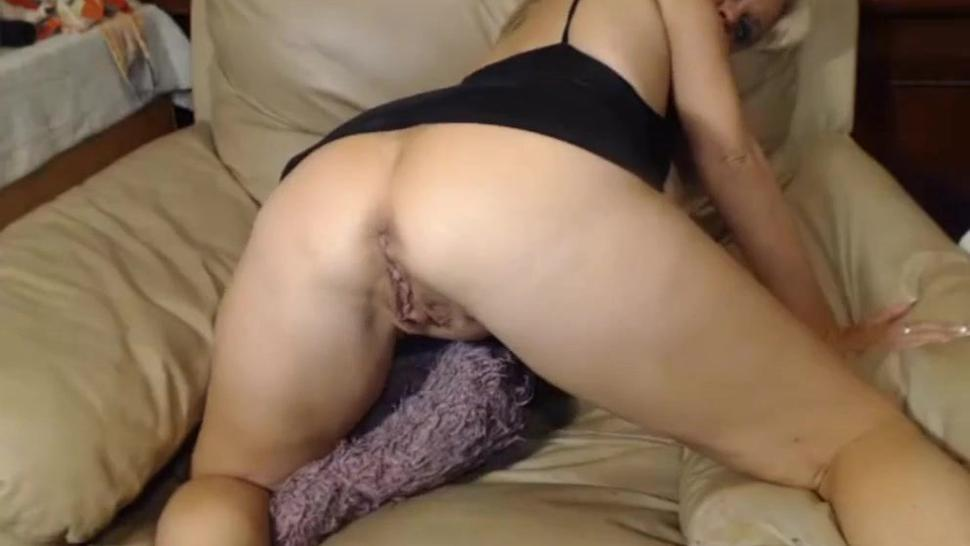 Sexy Blonde Mature Woman Showing Her Holes On Webcam