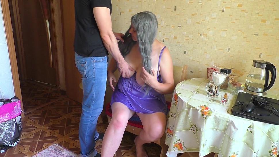 Mature stepmom gave her son her ass. Big ass and tits milf anal sex