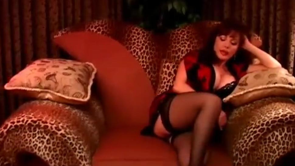 Lovely mature latina loves the taste of cum