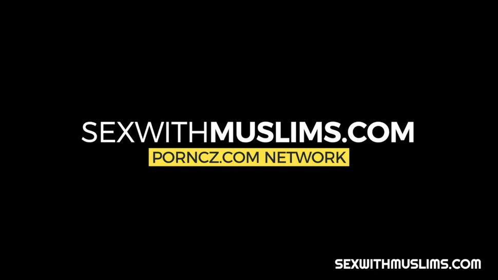 Muslim girl needs a Koran but has no money
